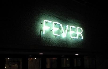 FEVERでフィーバー